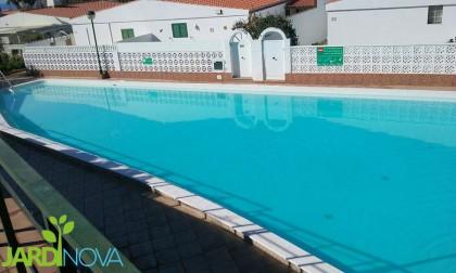 Jardines las palmas jardinova floristerias for Empresas mantenimiento piscinas
